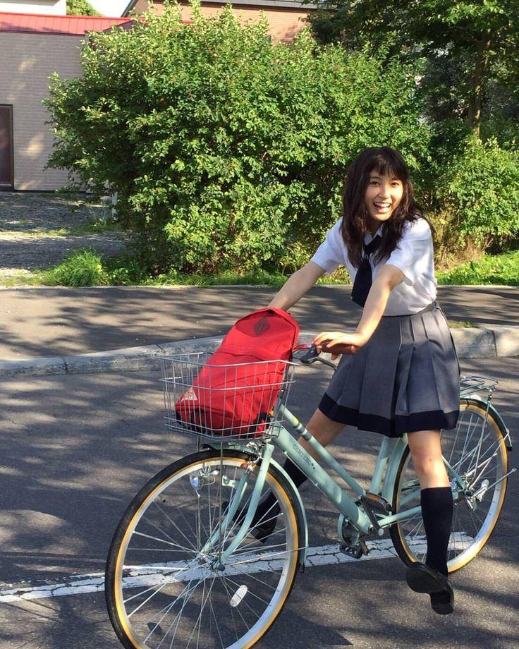 いいね!50.4千件、コメント720件 ― 土屋太鳳さん(@taotsuchiya_official)のInstagramアカウント: 「今日は映画「PとJK」の公開直前イベントに参加して来ました!報道などで観たり読んだりしてくださったかた、ありがとうございます!!!そしてパワーくれた女子高生の方々、本当に本当に本当にありがとう…!皆めちゃめちゃ可愛かったあ(*^^*)現役パワー最高でした…!…」