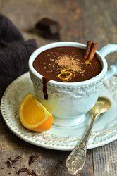 Chocolat chaud à l'Espagnole un délice onctueux et parfumé à servir chaud