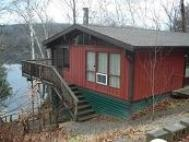 Super Deluxe Waterfront and Pet Friendly 3 bedroom Cottage #4 at Sunny Point Resort, Parry Sound, Ontario