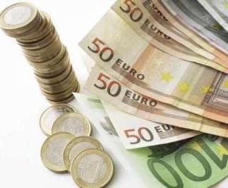 Leul s-a apreciat uşor, dar a rămas cu o scădere consistentă faţă de Euro pe 2012 | Real Press