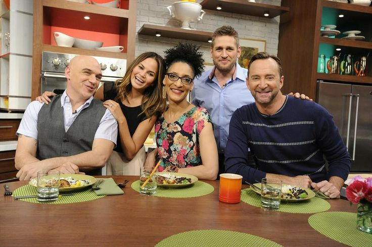 Our guest co-hosts today: Chrissy Teigen & Curtis Stone! #TheChew