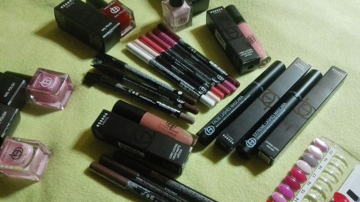 Dekorativní kosmetika Essens Beauty. Chcete ji vyzkoušet? http://essensworld.com/10001234 #essensstyle #essensostrava #essensclub #essensbeauty #makeup #liceni #krasnazena #makeup #styling #prozeny #rtenky #rasenky #lakynanehty #dekorativníkosmetika #vizazista #everywoman #trendy #podnikani #uspech #obdiv #pridejseknam