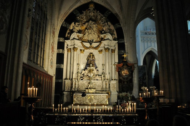 Antwerp Cathedral, winter 2012, by Sophie Leemans