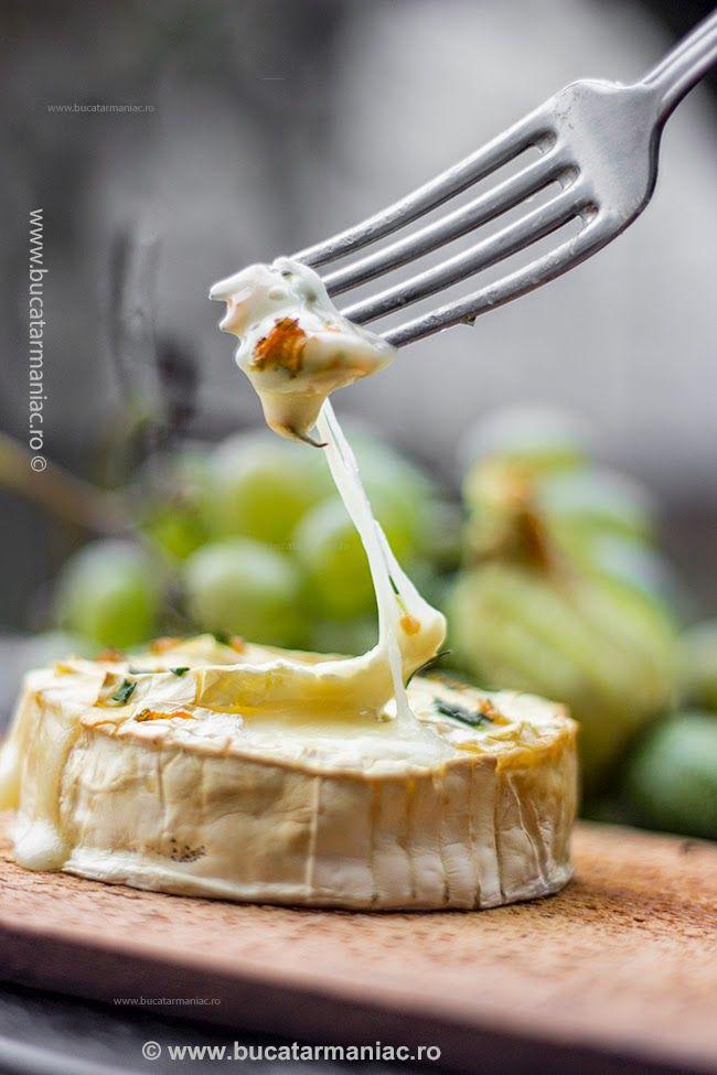 Cum se face reteta de Branza Camembert pe placa de cedru la gratar