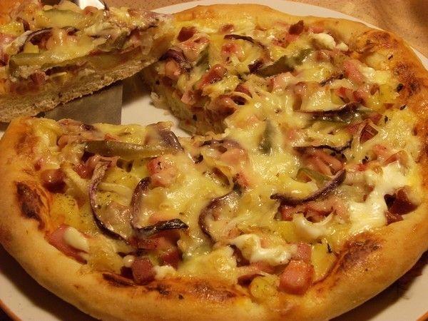 Пицца с ветчиной и картофелем - пошаговый рецепт с фото: Эта пицца больше похожа на открытый пирог с картошкой. А кто-то из читателей предложил назвать это сытное... - Леди Mail.Ru
