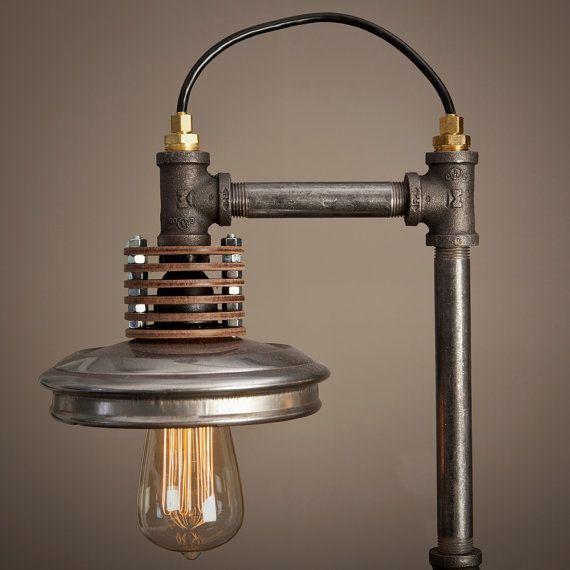 die besten 25 rohrleuchte ideen auf pinterest industrie stil lampen rohr beleuchtung und. Black Bedroom Furniture Sets. Home Design Ideas