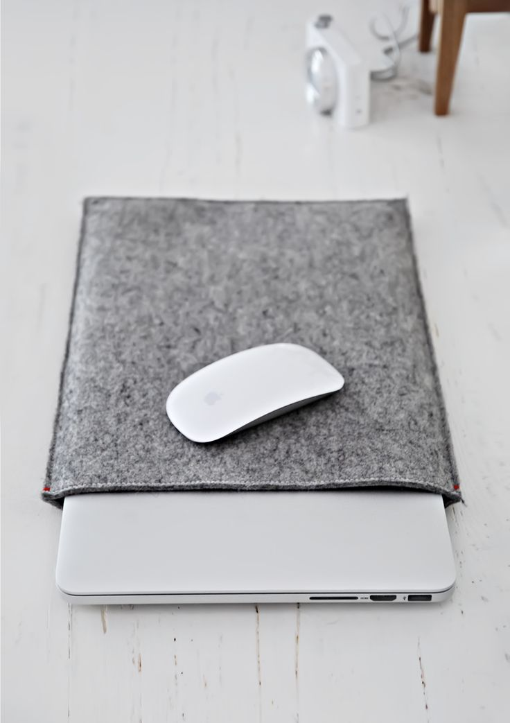 Only Deco Love: Felt Sleeve case the perfect Macbook companion
