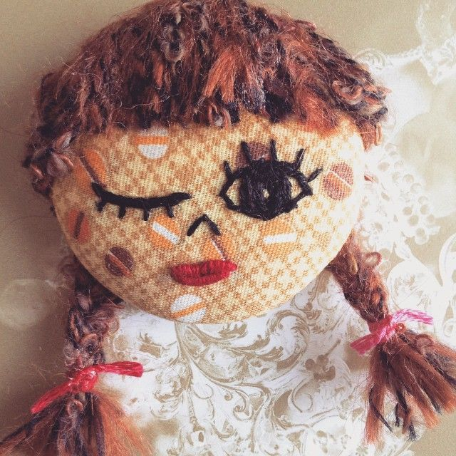 No.2 Spending time on making her on such a sunny day... #wink #embroidery #love #handmade #handicrafthunter