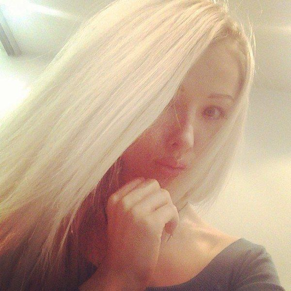 Barbie humaine : Valeria Lukyanova se dévoile sans maquillage (photo) - aufeminin
