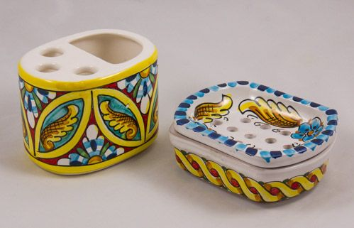 Miscellaneous: #Italy. Soap-Dish and Stand for Toothbrush Set. Blue Flowers and Golden Leafs. #Caltagirone #Ceramics. Hand Made