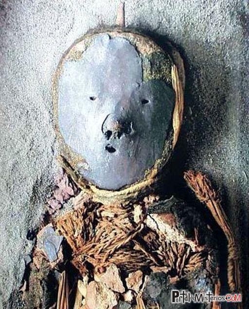 Mascara funeraria de un niño. Cultura Chinchorro