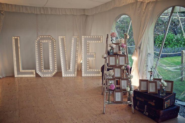 25 Best Ideas About Wedding Planner Office On Pinterest: 25+ Best Ideas About Ladder Table Plan On Pinterest