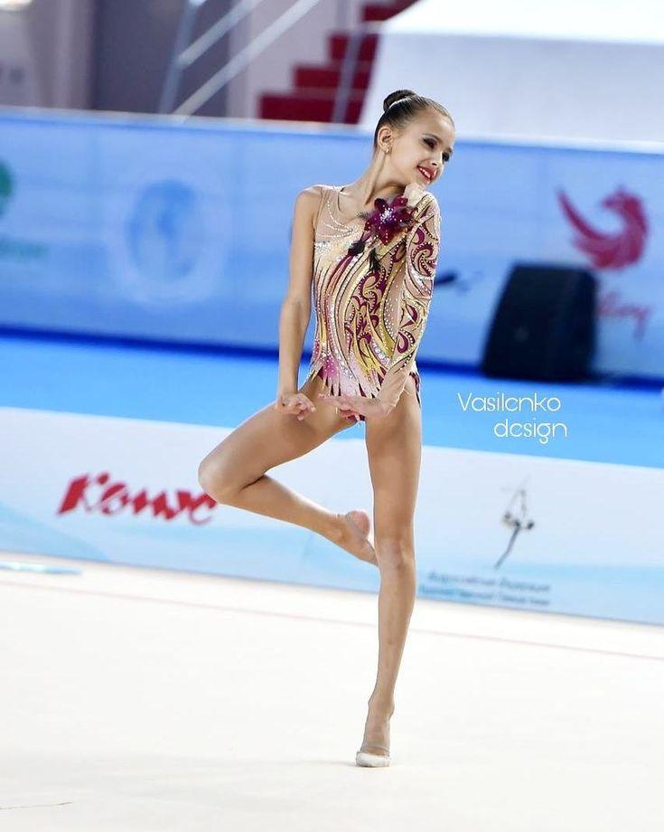 185 отметок «Нравится», 3 комментариев — Tatiana Vasilenko (@vasilenkodesigner) в Instagram: «#vasilenkodesign #leotard #rhythmicgymnastics #worldgimnastic #sport #cupofworld #leo #byvasilenko…»