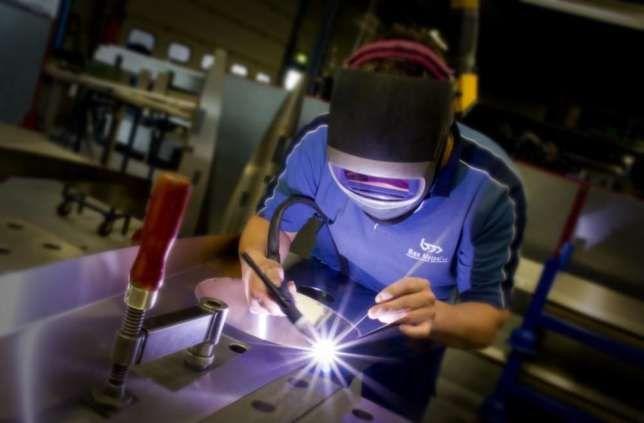 Сварщик, услуги сварщика, изготовление металлоконструкций недорого