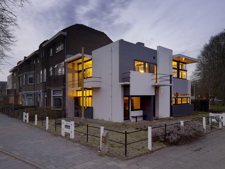 Het Rietveld Schröderhuis in Utrecht-Oost prijkt op de Werelderfgoedlijst van de UNESCO.