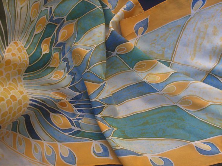 batik scarf  on silk - elegant as a peacock www.ilgiardinodellacerorosso.com