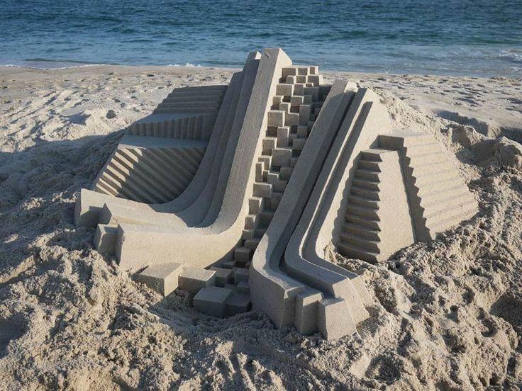 Sand Castles – Les châteaux de sable géométriques et créatifs de Calvin Seibert