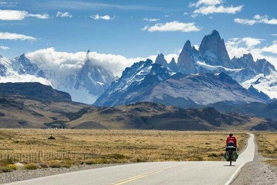 Road to El Chalten in Los Glaciares National Park, Argentina