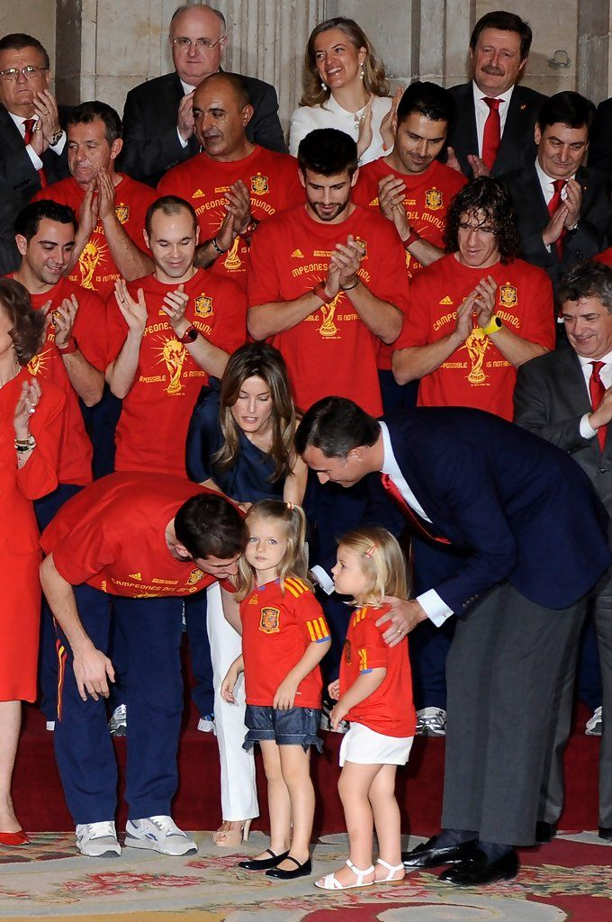 Princess Letizia - Spanish King Meets FIFA 2010 World Cup Winning Team