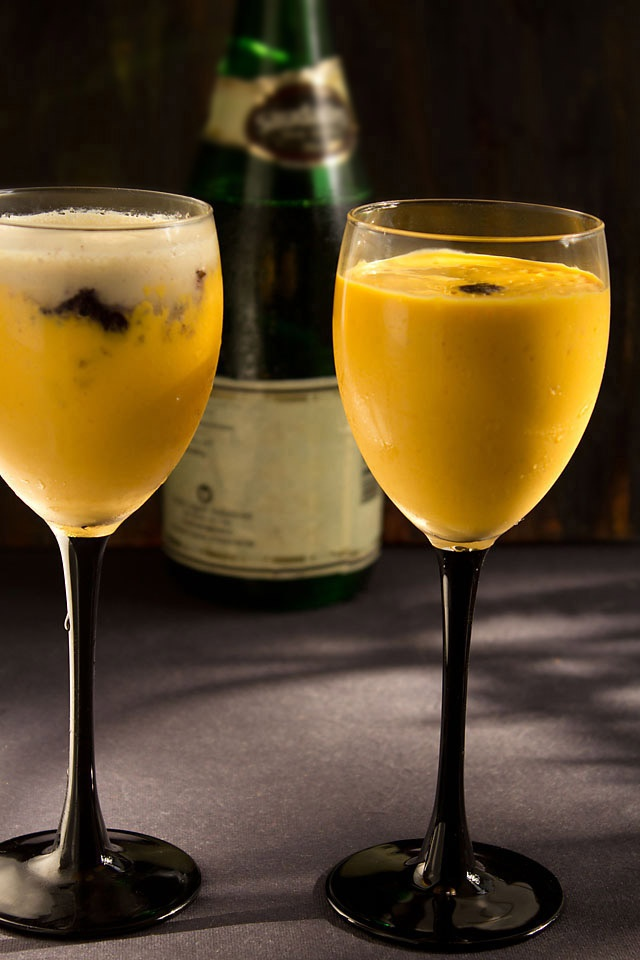 quick mango mousse in 15 minutes - eggless and no gelatine recipe