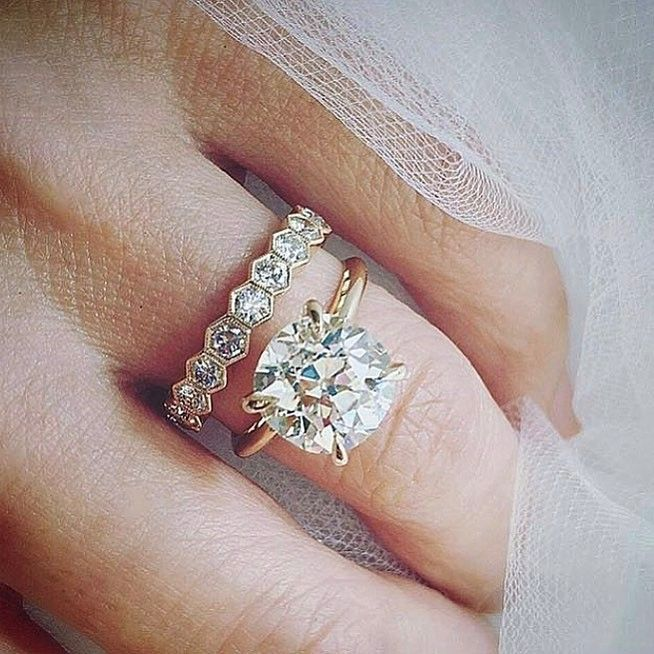 Gorgeous Wedding Ring Combination ~ Rose Gold and Flashy Dimonds