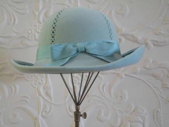 You can leave your hat on: stand out with your own style and enjoy the beauty of vintage. www.vintagehatsandaccessories.com