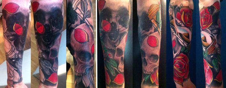 Les 25 meilleures id es de la cat gorie tatouage sablier for Renaissance tattoo san clemente