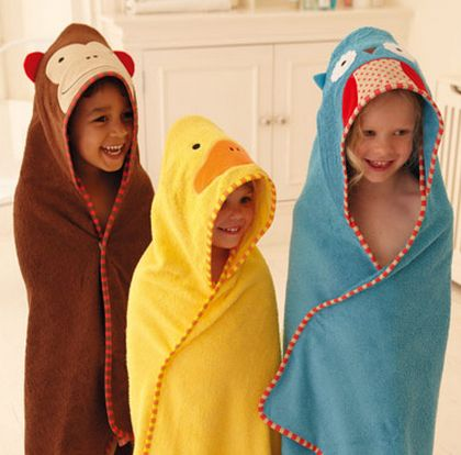 Toallas para bebés de Skip Hop... http://www.mibabyclub.com/tienda/bano-del-bebe/toallas-y-albornoces-para-bebes.html