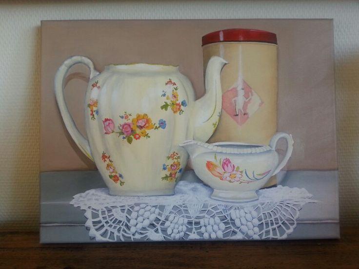 Made by me ~ olieverf schilderij, bolletje beschuit bus, bloemetjes koffie kan, kanten kleedje, stilleven