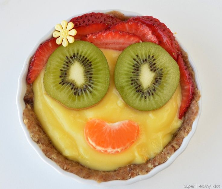 Heart healthy, walnut crusted fruit tart!