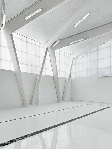 Labor für Wasserwesen in Neubiberg, Innenraum mit Rodeca Polycarbonatfassade
