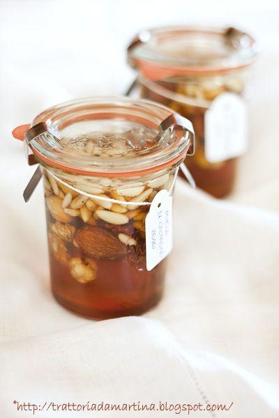 Miele e frutta secca....un'idea veloce per un regalino di Natale - Trattoria da Martina - cucina tradizionale, regionale ed etnica