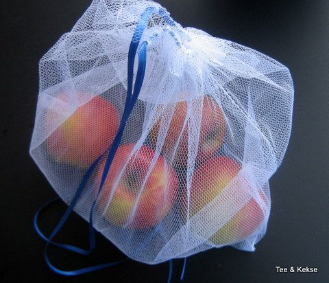 Schon lange ärgere ich mich über den vielen Plastikmüll, der in unserem Haushalt anfällt. Auch wenn ich immer eigene Taschen oder Körbe zum Einkaufen mitnehme, habe ich doch lange Zeit keine Möglic...