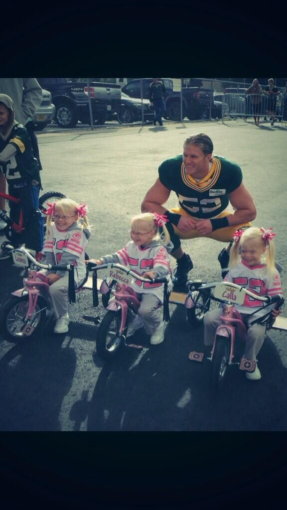Gotta love clay matthews! He asked for a picture with those little girls! Too cute!
