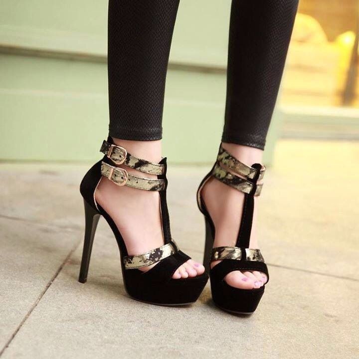 Perfect skinny jeans and heels