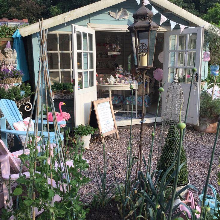 100 best alice in wonderland tea party talking tables uk images on pinterest alice in. Black Bedroom Furniture Sets. Home Design Ideas