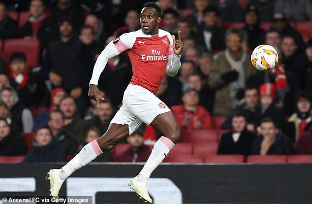 Why Arsenal are letting Ramsey and Welbeck leave for free