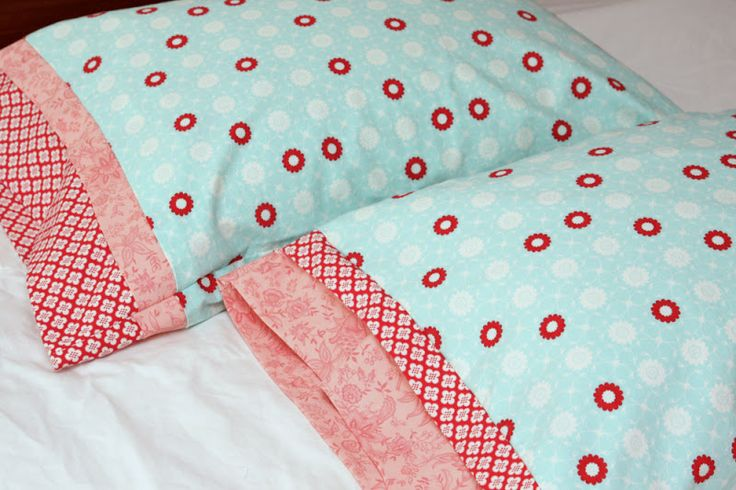 How to sew pillow cases! I'm doing this for my guest bedroom :)