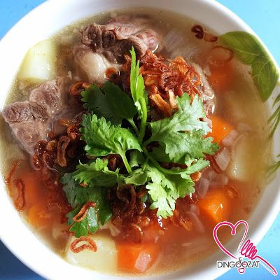 how to make oxtail soup in a slow cooker