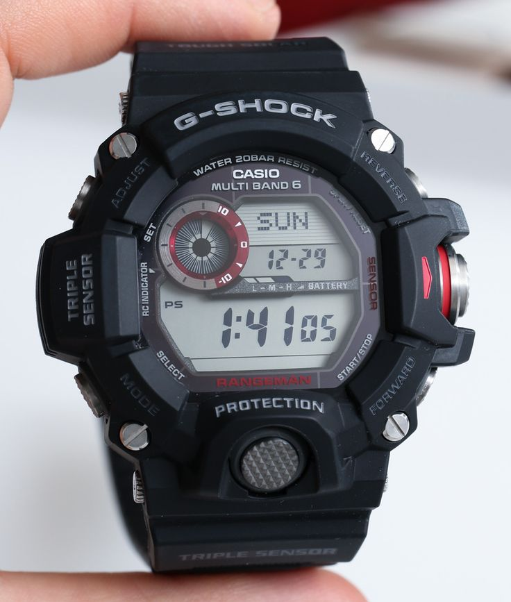 G-Shocks were part of most of our childhoods, and even today, I still see them and want one.  And now I can afford pretty much any of them, and this one might be the best yet.
