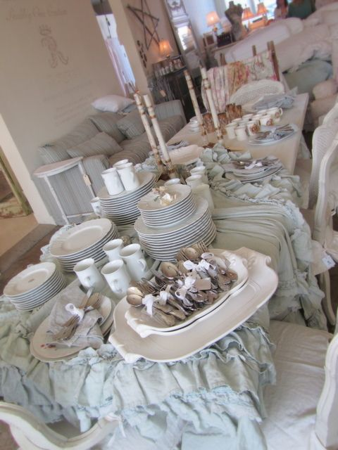 rachel ashwell shabby chic couture store in san monica. Black Bedroom Furniture Sets. Home Design Ideas