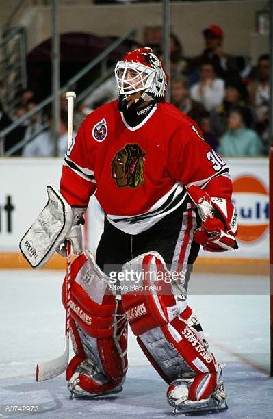s-ed-belfour-of-the-chicago-black-hawks-tends-goal-in-game-against-picture-id80742972 (399×612)