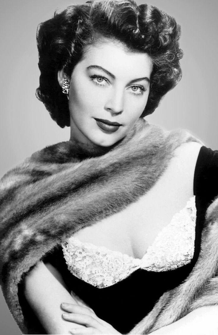 Young ava Gardner | Ava gardner, Classic hollywood, Old