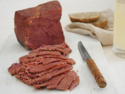 Slow Cooker Corned Beef in Ginger Beer