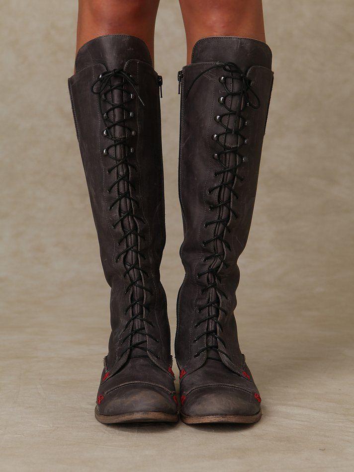 regiment lace up boot