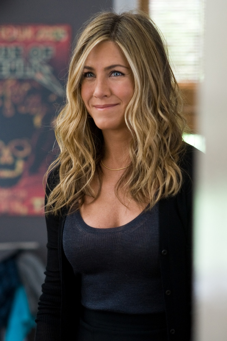 die besten 25 jennifer aniston frisuren ideen auf. Black Bedroom Furniture Sets. Home Design Ideas