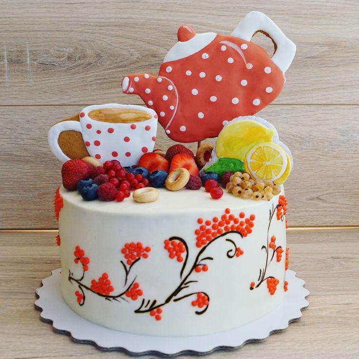 Тортик к летнему уютному чаепитию☕️. Идею оформления подсмотрела у @jane__cakes. Нравятся мне такие мотивы. #bibizyanovnaтворит #азов #тортазов #азовторт #тортростов #ростовторт #пряникиазов #пряникиростов