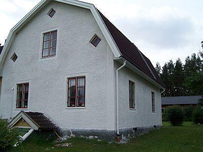 Efter lagningar runt och under fönster - Gård och Torp