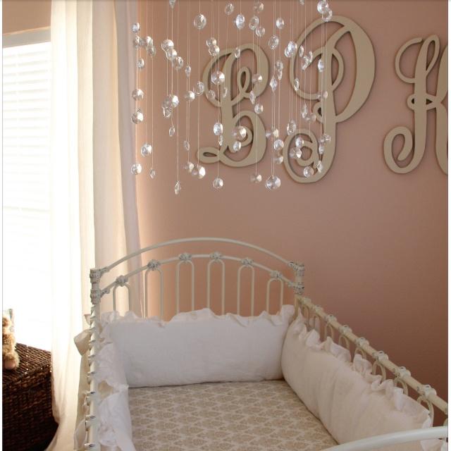 Godblessournest.blogspot.com  Baby girl room :)