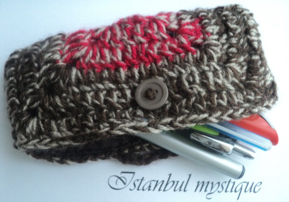 RED Crochet  PURSE With Button Lined by IstanbulMystique, $15.00